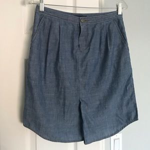 Banana Republic denim skirt with pockets size 0